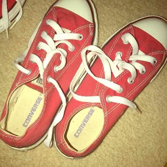 Converse red low top size 3